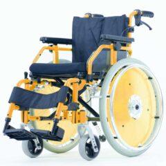 UHC 2.130 Dino, le fauteuil roulant pliant adaptatif pour enfants, avec frein à tambour et repose-jambes réglables en hauteur
